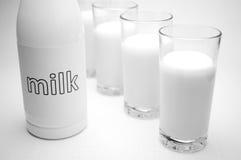 Mjölka arkivfoton