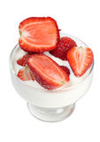 mjölka jordgubbar royaltyfria bilder