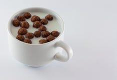 Mjölka och sötsaker royaltyfria bilder