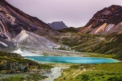 Mjölka sjön, Daocheng&Aden av Sichuan Kina Royaltyfria Bilder