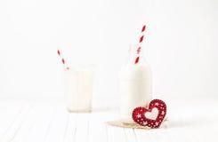 Mjölkaktig förälskelse arkivfoton