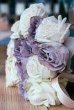 Mjuk färgbukett med rosor för minnesgränd och lavin Royaltyfria Bilder