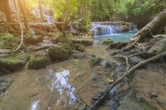 Mjuk fokus med vattenfallet Royaltyfria Foton