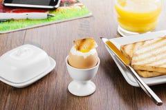 Mjuk-kokat ägg Royaltyfria Foton