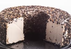 Mjuk ost med svartpeppar arkivfoton