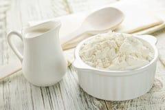 Mąka, mleko Zdjęcia Stock