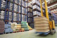 Mknięcia Forklift W magazynie fotografia stock