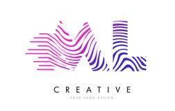 Ml M L Zebra Lines Letter Logo Design avec des couleurs magenta Image stock