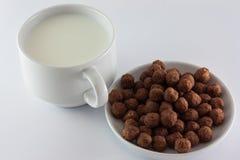 Mleko i cukierki Zdjęcia Stock