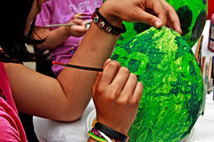 målning för 2 barn Royaltyfria Bilder