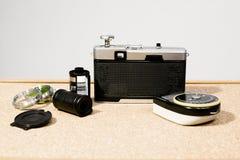 35mm影片照相机、影片和透镜过滤器 库存图片