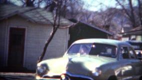 (8mm影片) 1949年Shoebox福特汽车浅蓝色 影视素材