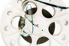 35 mm戏院与影片细节的电影卷轴 免版税库存图片
