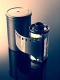 35mm照相机的底片卷 免版税库存照片