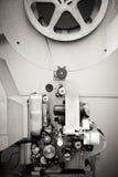 16 mm电影的戏院放映机,老葡萄酒 免版税库存照片