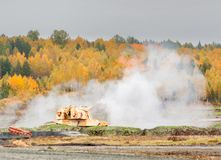152 mm短程高射炮2S19M2 Msta-S射击。俄罗斯 免版税库存图片