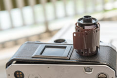 135mm filmkassett Arkivbild