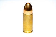 9 mm of kogel 357 op witte achtergrond Stock Foto's