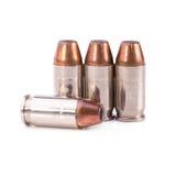 9mm Kugel für ein Gewehr lokalisiert auf weißem Hintergrund Lizenzfreies Stockbild