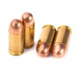 9mm Kugel für ein Gewehr lokalisiert auf weißem Hintergrund Stockbilder