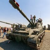 "152mm Sovjet gemotoriseerde houwitser 2S3M Â ""Akatsiya ` Royalty-vrije Stock Afbeelding"