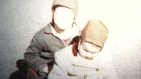 (8mm Vintage) 1957 Kids With Brotherly Love