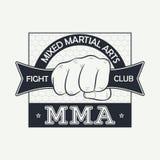 MMA De Thaise vechter van Muay Het embleem van de strijdclub Druk voor ontwerpkleren, t-shirtzegel, typografie van atletische kle Royalty-vrije Stock Foto's