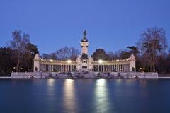 Mémorial en stationnement de ville de Retiro, Madrid Images libres de droits