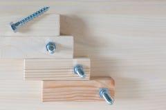 Mnóstwo Drewniane śruby, makro- strzały Zdjęcia Royalty Free