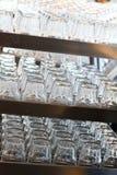 Mnóstwo szkło na półce Obraz Stock