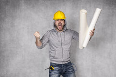 Mún trabajador que grita con la tensión Imagenes de archivo