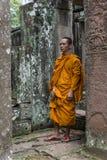 Mnich buddyjski w Bayon świątyni, Kambodża Obrazy Stock