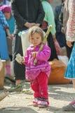 Mniejszości etnicznej dziecko przy starym Dong Van rynkiem, Zdjęcie Royalty Free