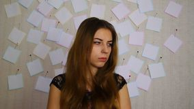 Moça nervosa antes do exame