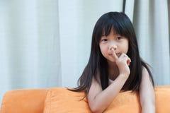 Moça, silenciosamente Imagem de Stock