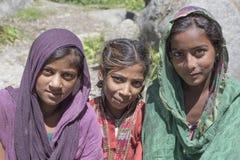Moças locais em Manali, Índia foto de stock royalty free