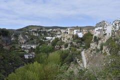 Moínho da fuga do bosque do rio da ravina de Alhama de Granada da vila imagem de stock