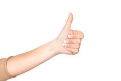 Mão de uma mulher com sinal aprovado Fotos de Stock Royalty Free