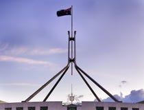 MOŻE ustawiać parlamentu dachu flaga Zdjęcie Royalty Free