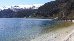 Mo i Mofjorden/Osterfjorden arkivfoton