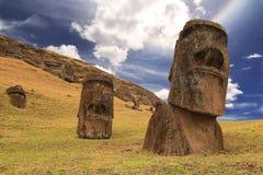 Moai del raraku de Rano Fotografía de archivo libre de regalías