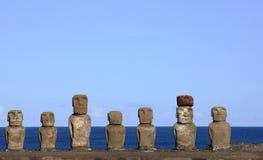 Moai em Ahu Tongariki, Ilha de Páscoa, o Chile Fotografia de Stock Royalty Free