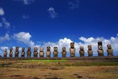 Moai fünfzehn bei Ahu Tongariki, Ostern-Insel Stockfoto