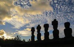 MOAI I PÅSKÖN, CHILE Arkivfoton