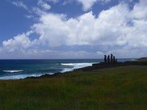 Moai på Ahu Tongariki Arkivbild
