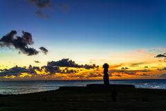 Moai przy Ahu Ko Te Riku przy zmierzchem Fotografia Royalty Free