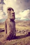 Moai statua, ahu Tongariki, Easter wyspa Obrazy Stock