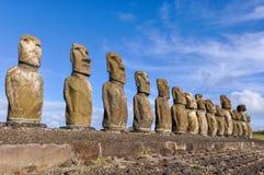 15 moai statui w Ahu Tongariki, Wielkanocna wyspa, Chile Obraz Royalty Free