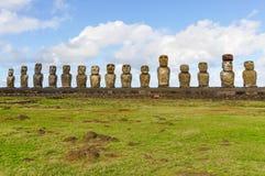 15 moai statui w Ahu Tongariki, Wielkanocna wyspa, Chile Obrazy Stock