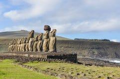 15 moai statui w Ahu Tongariki, Wielkanocna wyspa, Chile Zdjęcia Stock